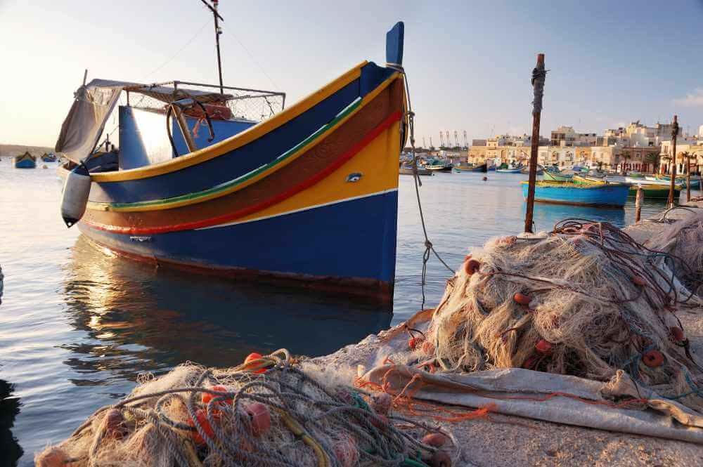 traditional_maltese_boat__luzzu_167-copyright-maurizio-modena