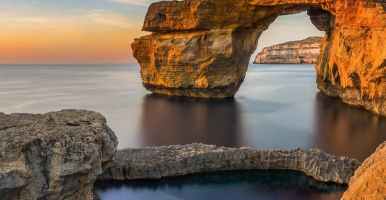 Quand la nature reprend ses droits sur l'Azure Window