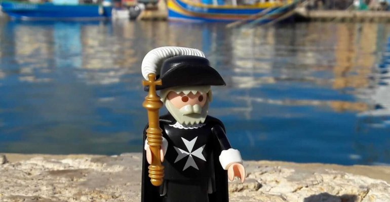 Malte : Un chevalier sur les réseaux