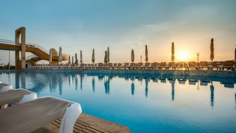 Hôtel AX Seashells Resort at Suncrest 4*