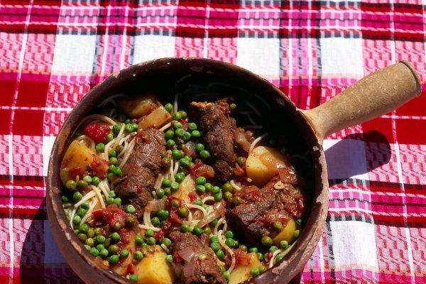 Recette du Stuffat tal-Fenek – Ragout de lapin à la maltaise