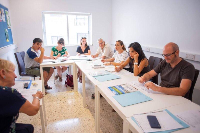 Adult General English Mini-group